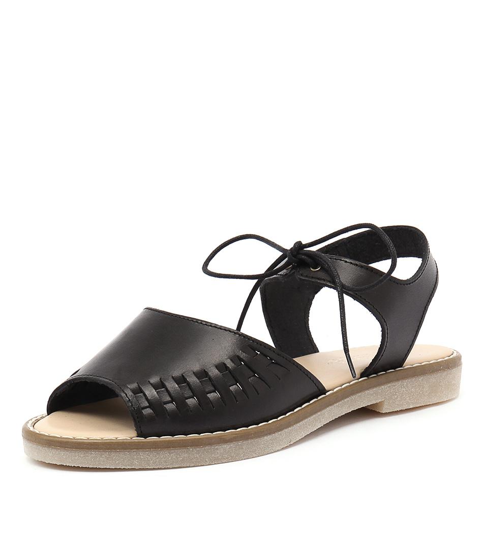 Planet Gisela Black Sandals online
