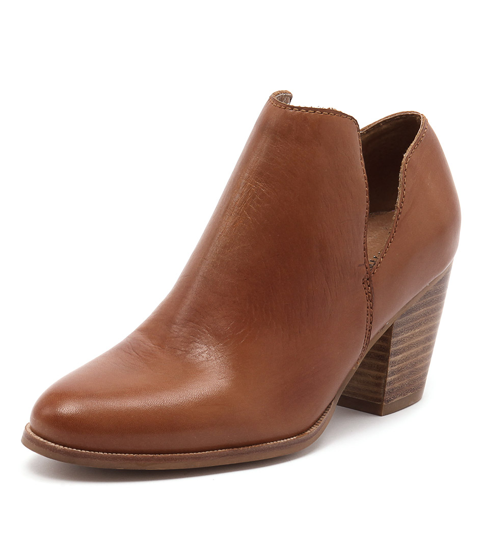 RMK Whimsical Cognac Boots