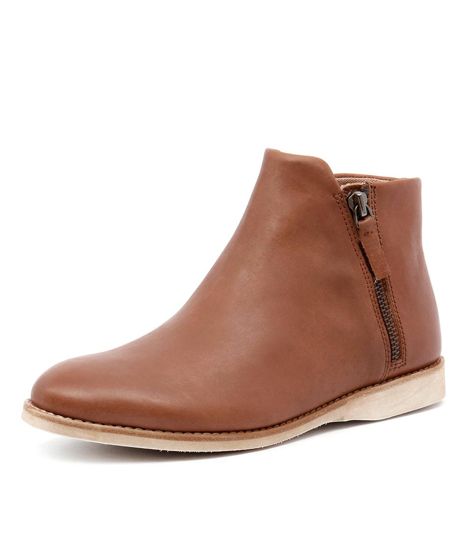 Rollie Sidezip Bootie Cognac Nubuck Boots