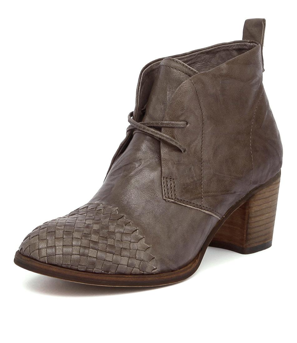 Silent D Waldo Dark Taupe Shrunken Boots