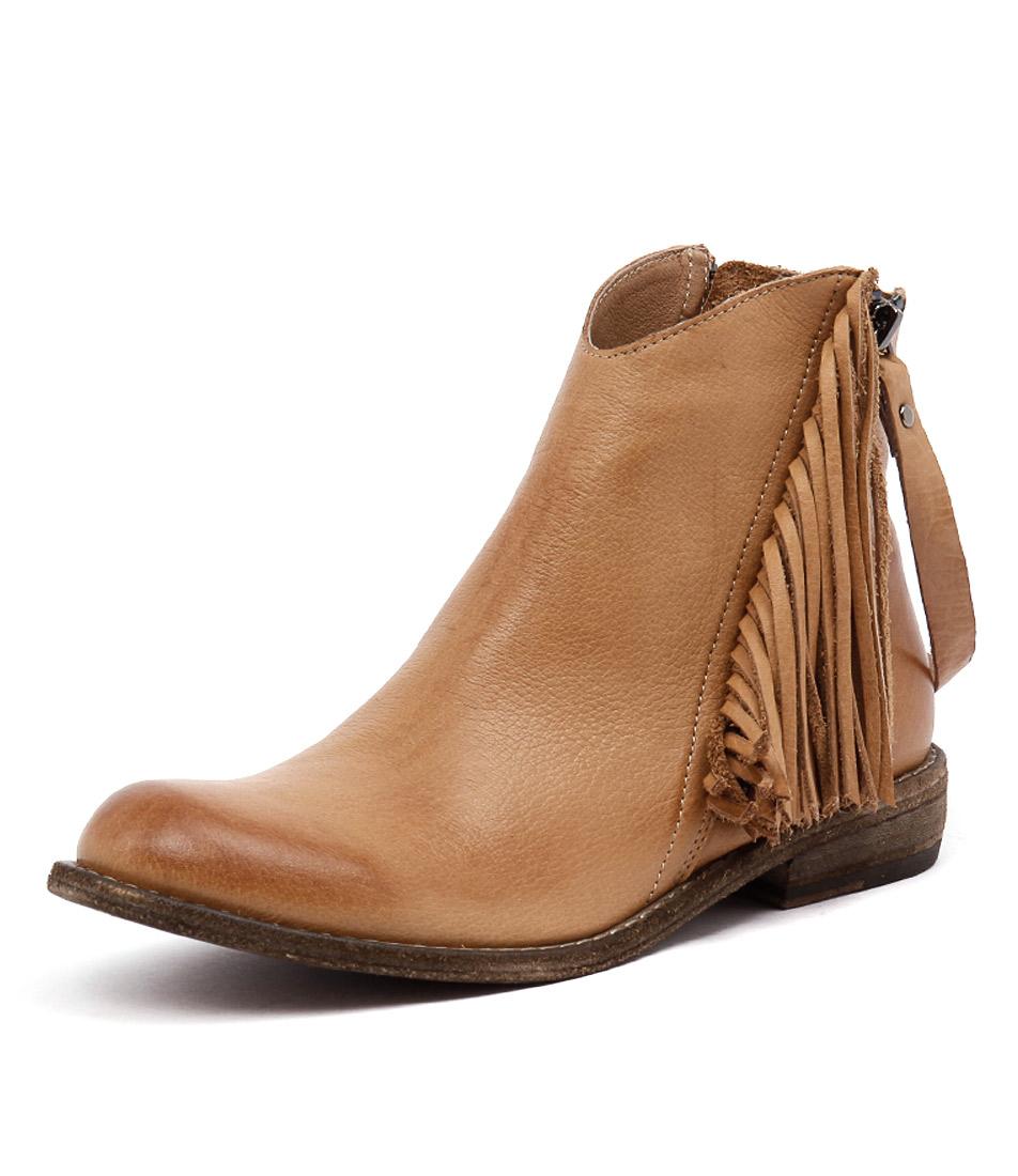 Silent D Cerva Tan Boots online