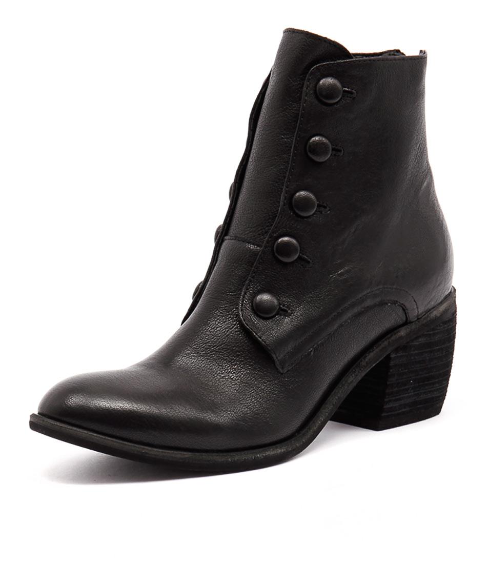 Silent D Foxie Black Boots