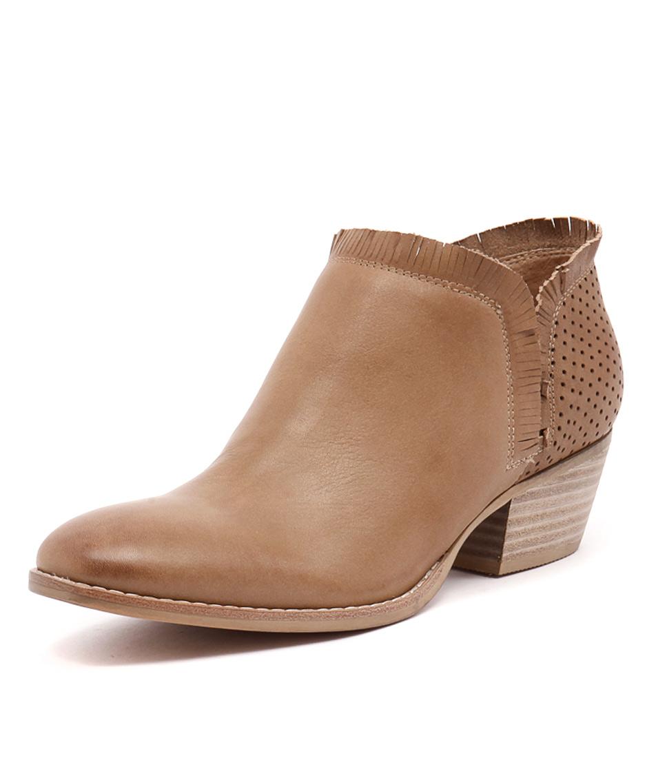 Silent D Ilana Camel Boots online