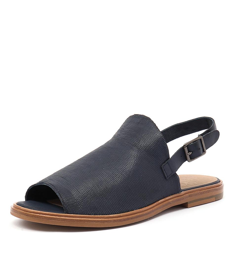 Silent D Derma Navy Cut Lines Leather Sandals