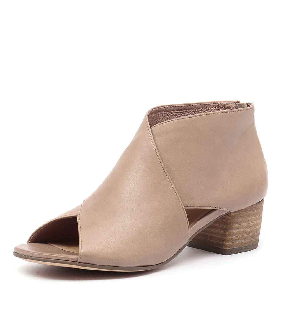 Silent D Esperanza Flesh Sandals