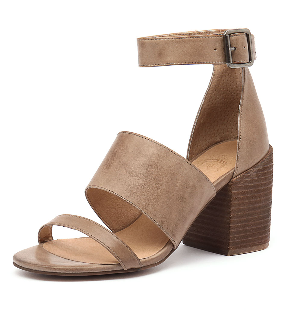 Silent D Kandle Ash Leather Sandals