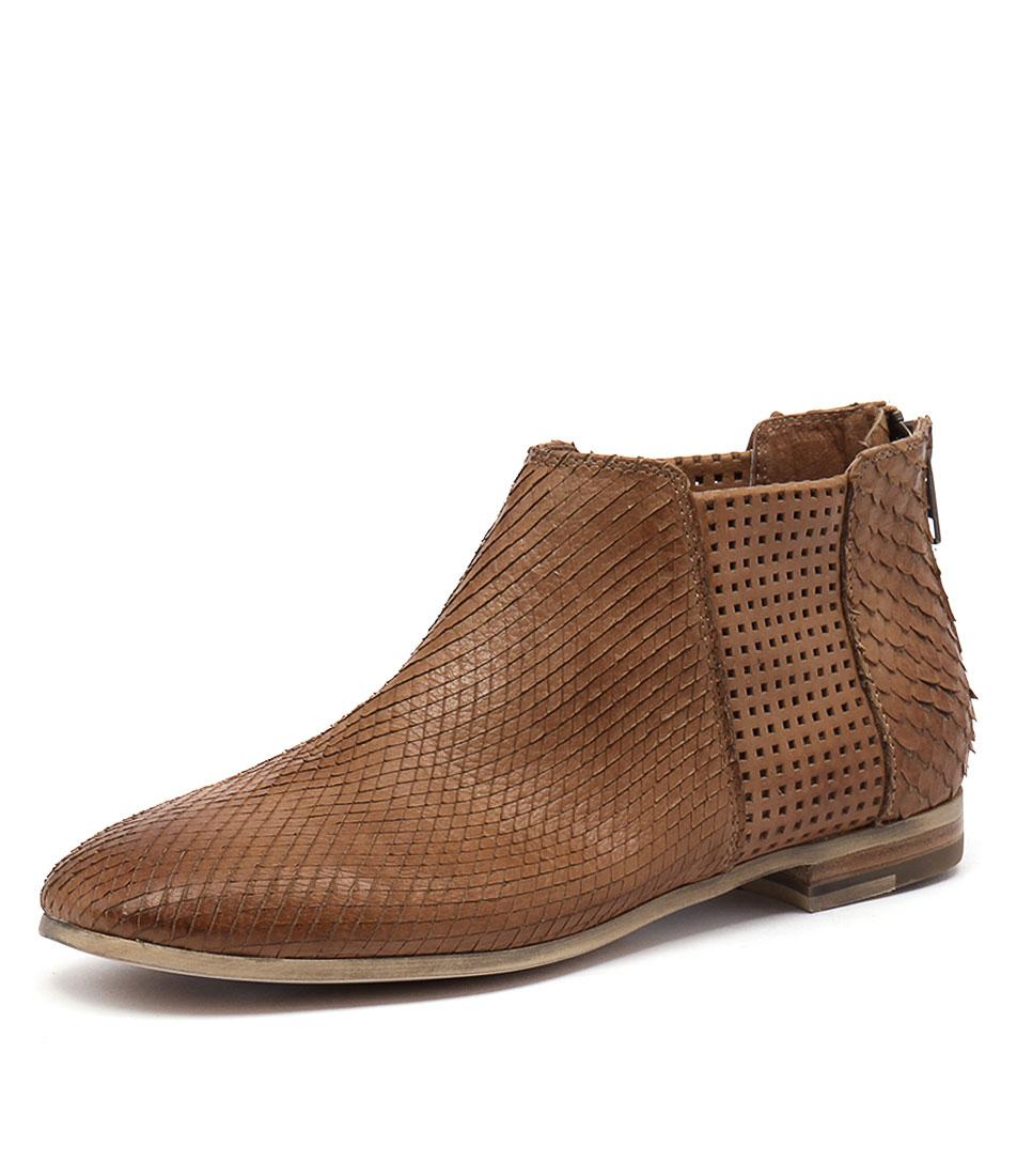Silent D Consue Cognac Boots