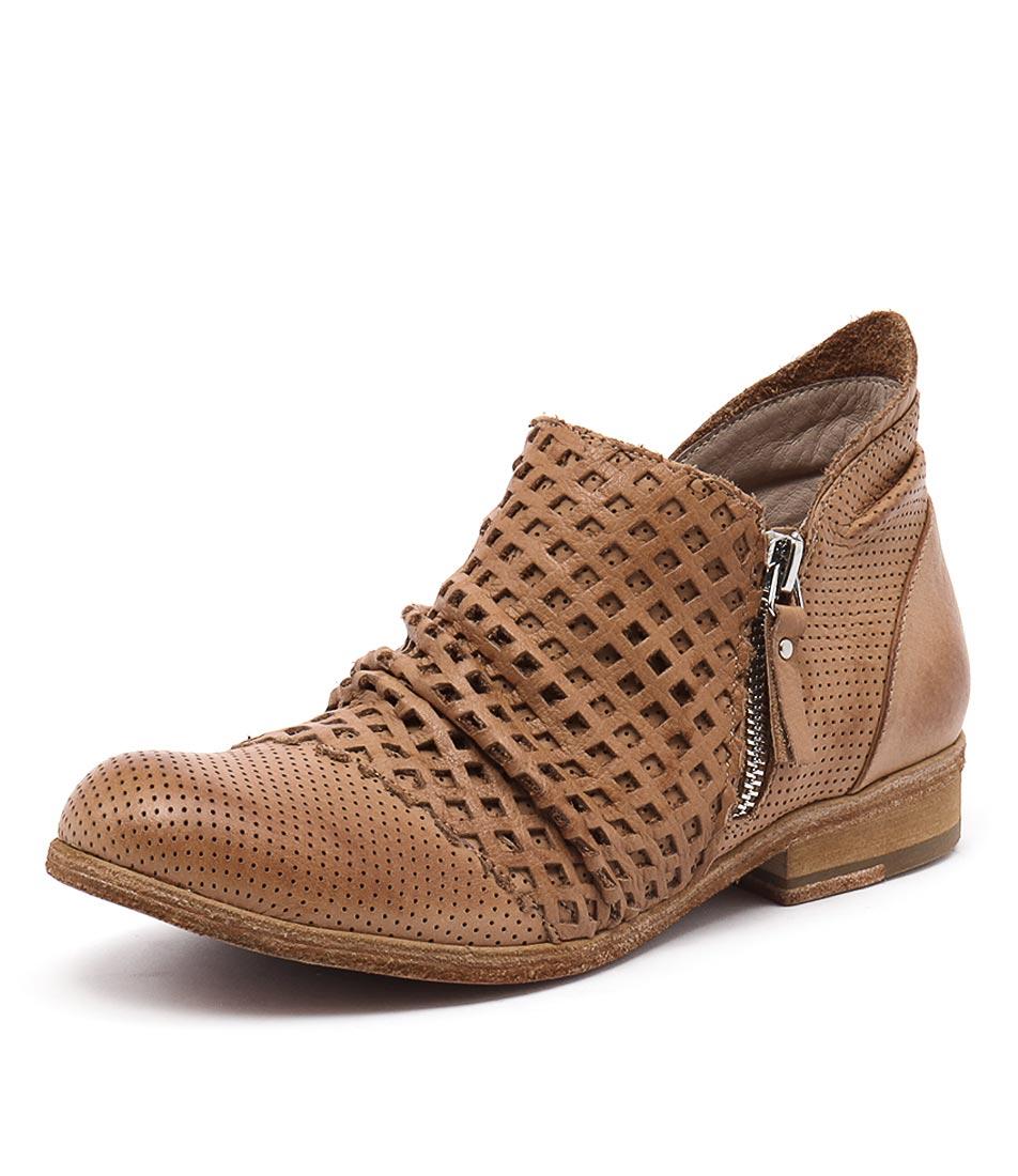 Silent D Lelint Cognac Boots