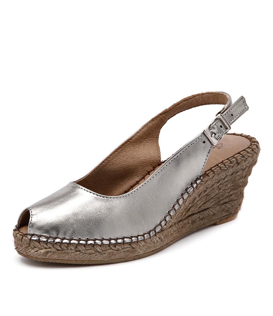 Sofia Cruz Ana 11 Pewter Metallic Sandals