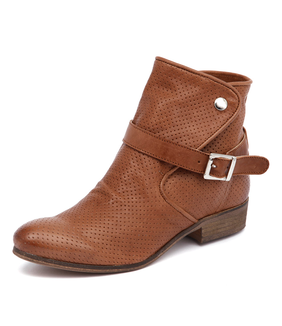 Sofia Cruz Neva Brown Boots