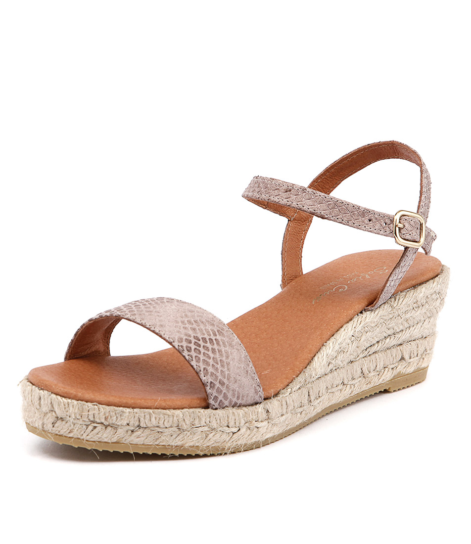 Sofia Cruz Moli Taupe Sandals