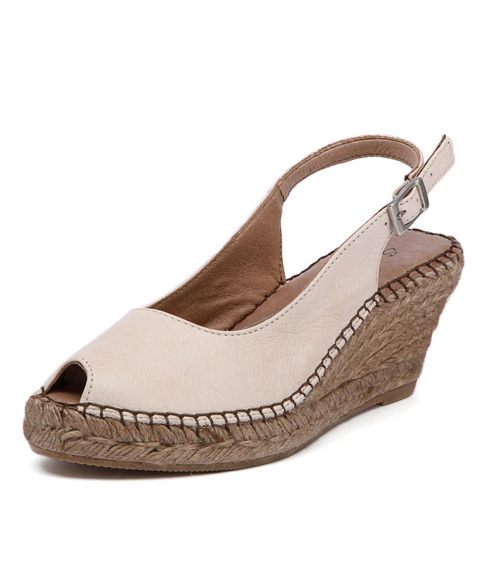 Sofia Cruz Ana 11 Light Taupe Sandals