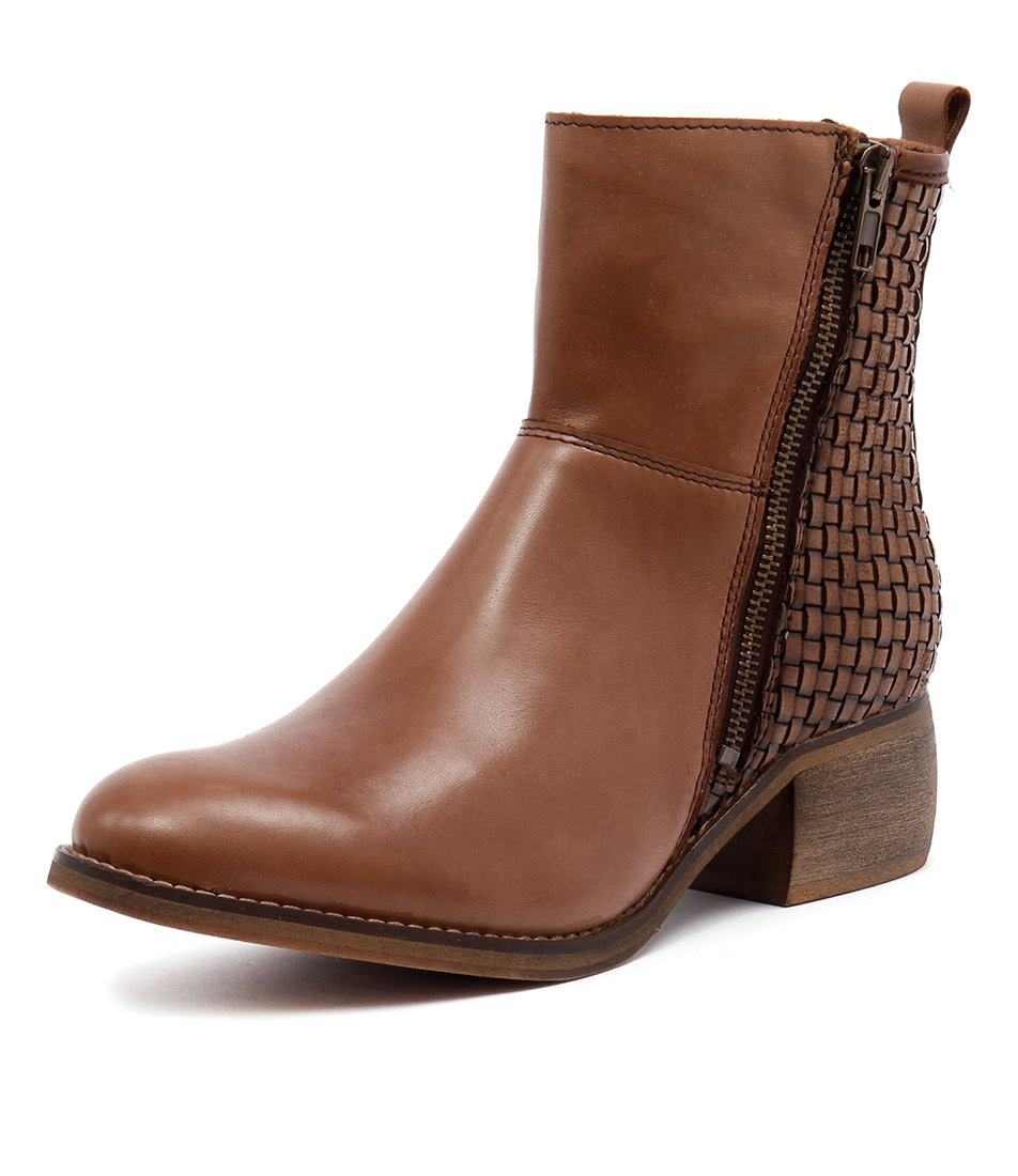 Sofia Cruz Patch Cuoio Boots