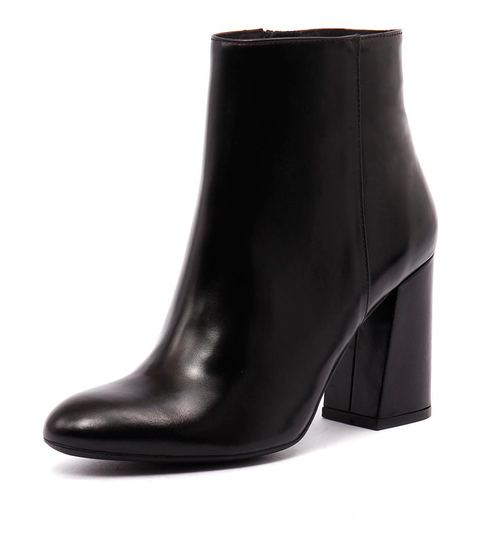 Sofia Cruz Taxi Black Leather Boots