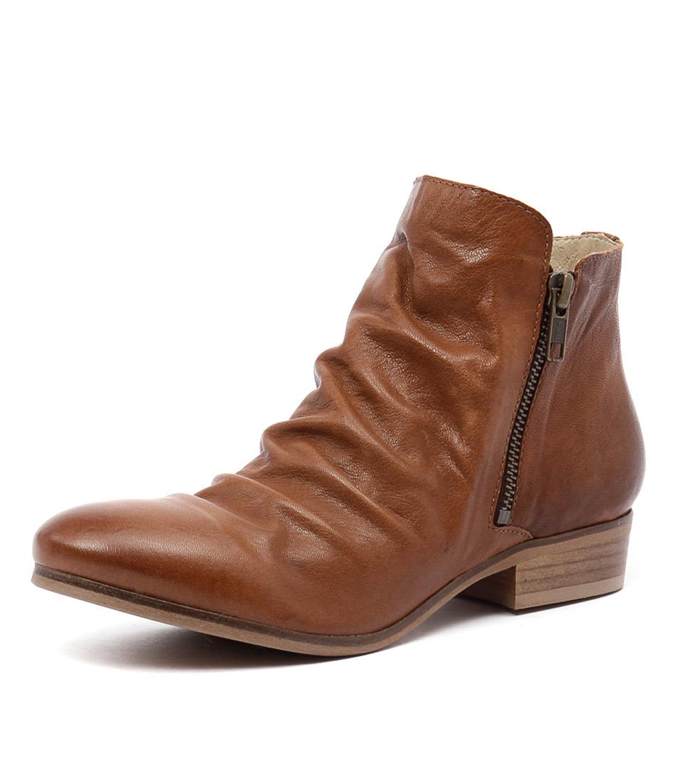 Sofia Cruz Octavia Brown Boots