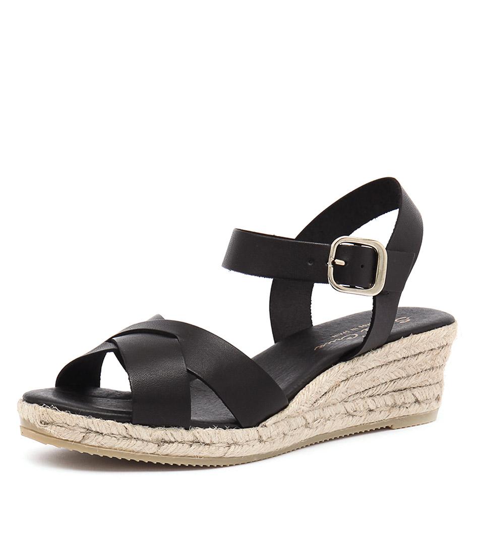 Sofia Cruz Isabelle Negro Sandals