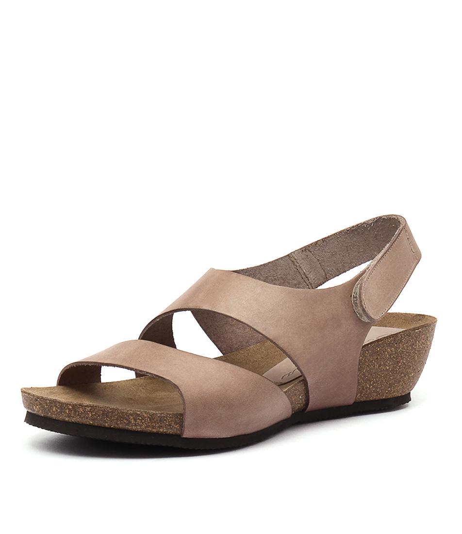 Sofia Cruz Millie Beige Sandals