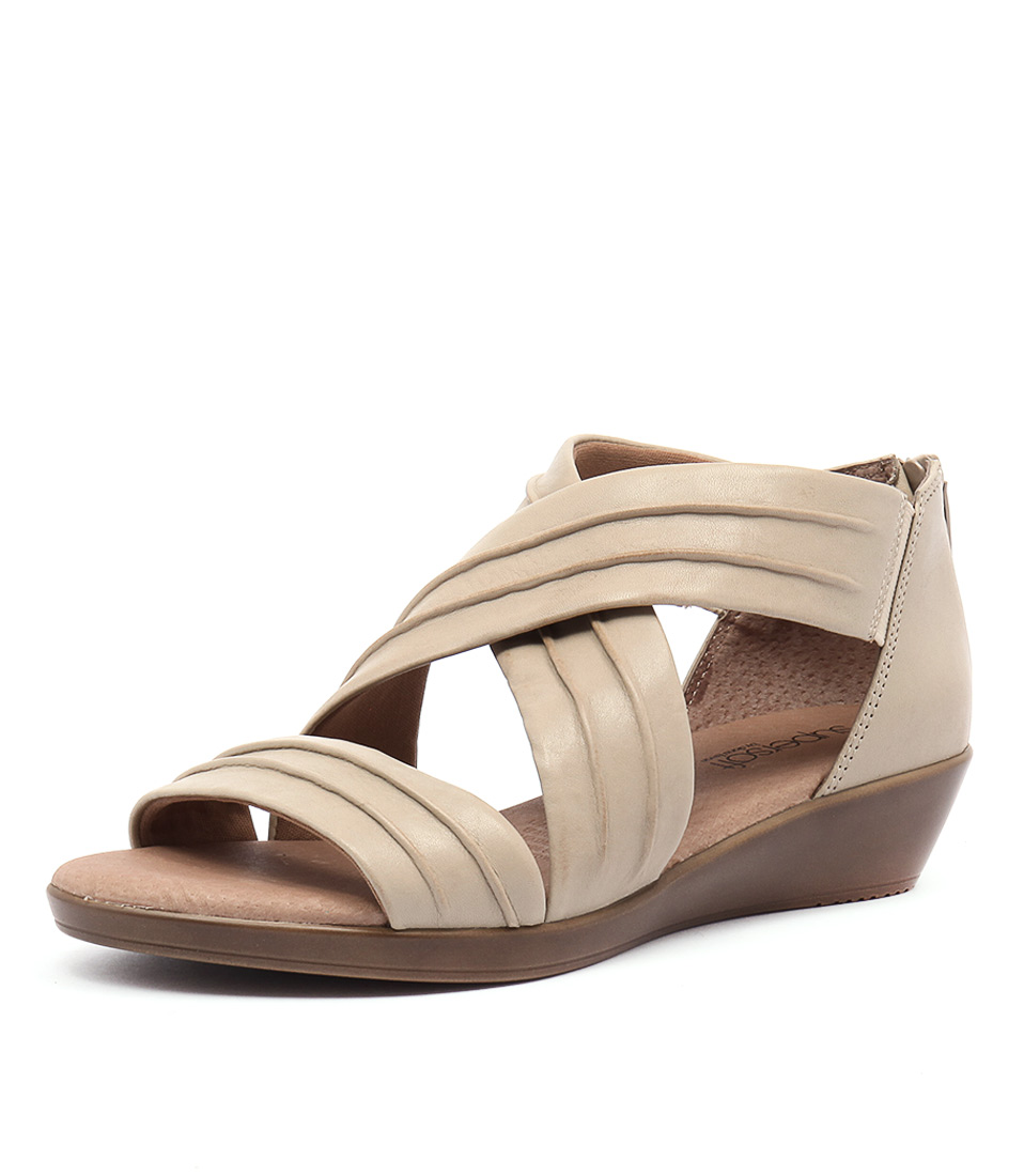 Supersoft by Diana Ferrari Vora Oatmeal Sandals