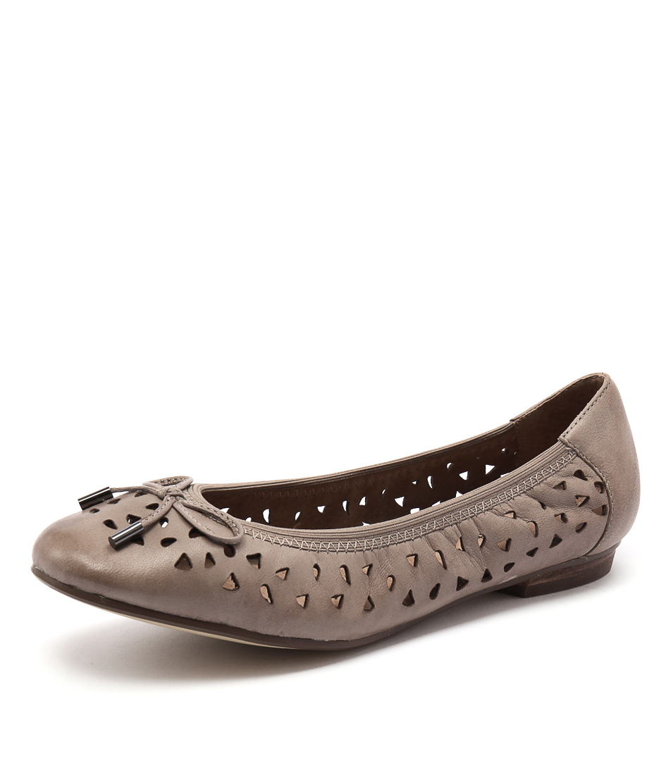 Supersoft by Diana Ferrari Carlota Taupe Flats