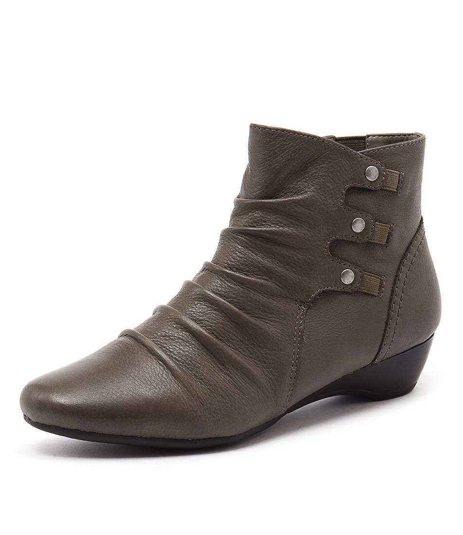 Supersoft by Diana Ferrari Danele Grey Boots online