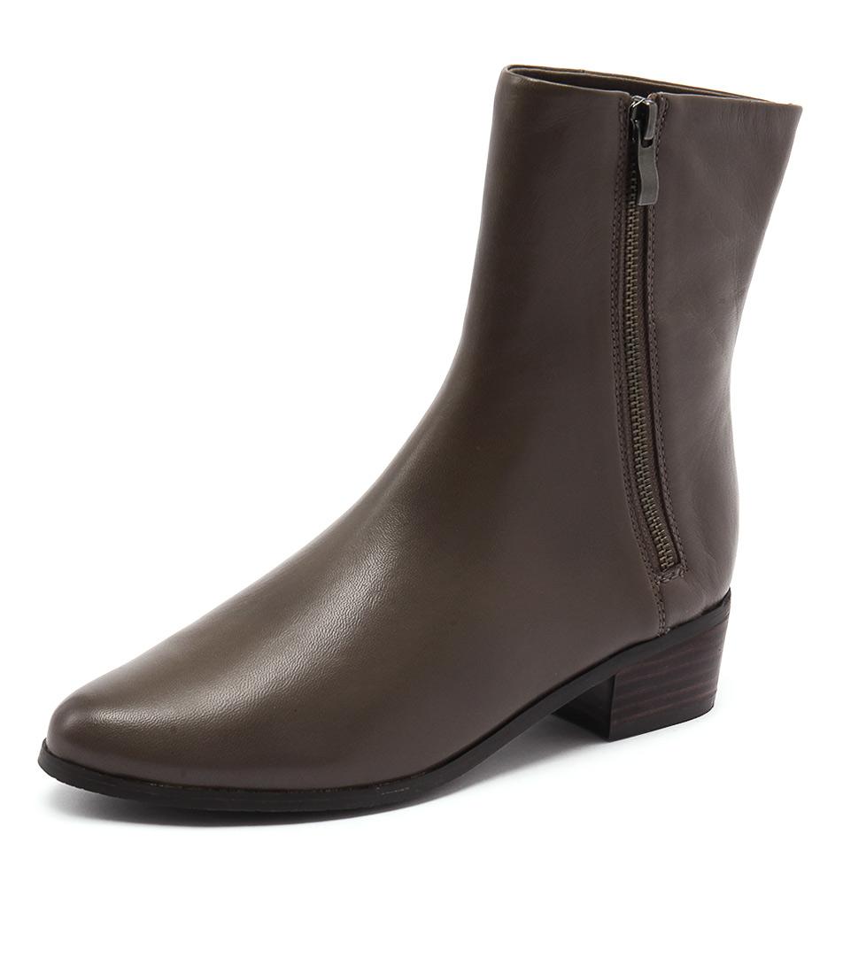 Supersoft by Diana Ferrari Estrella Taupe Boots