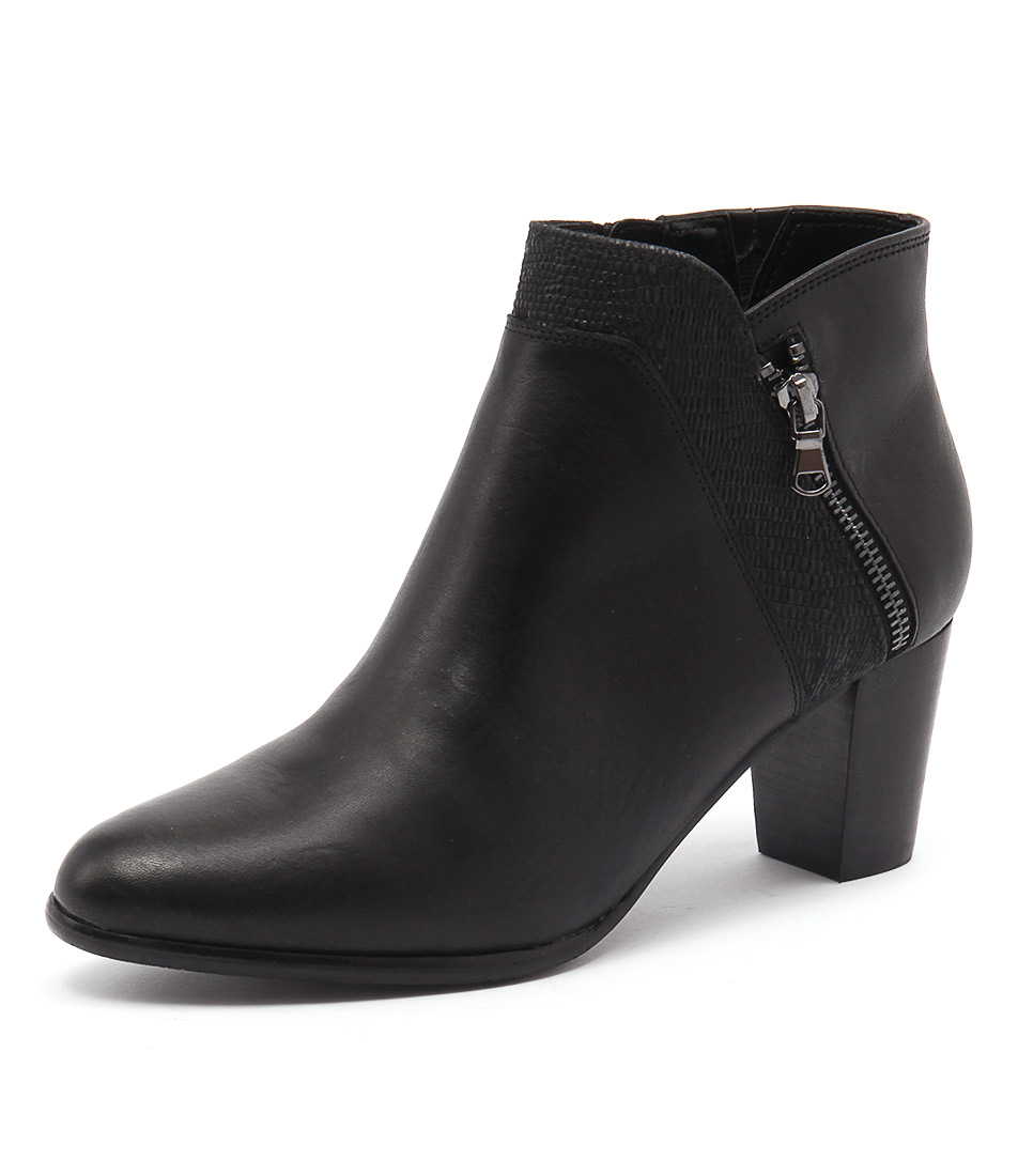 Supersoft by Diana Ferrari Cookie Black Boots