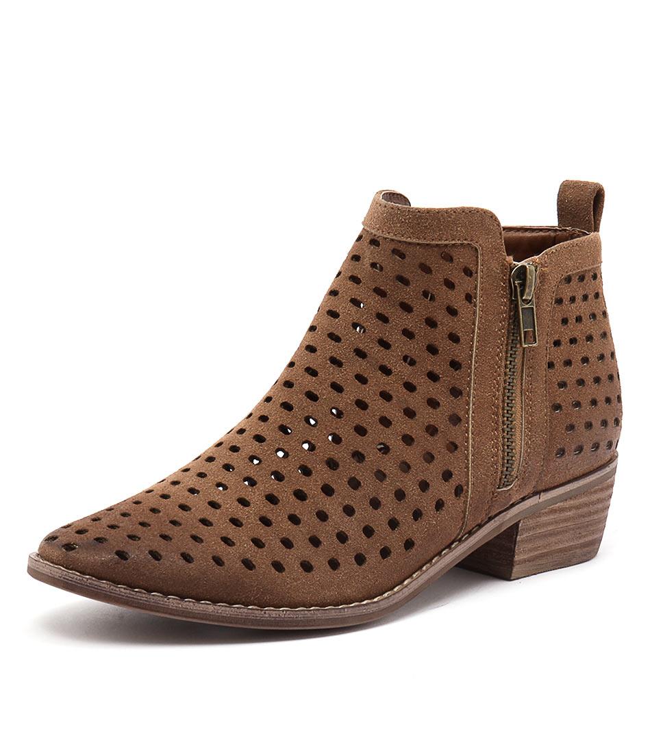 Therapy Navarro Tan Boots