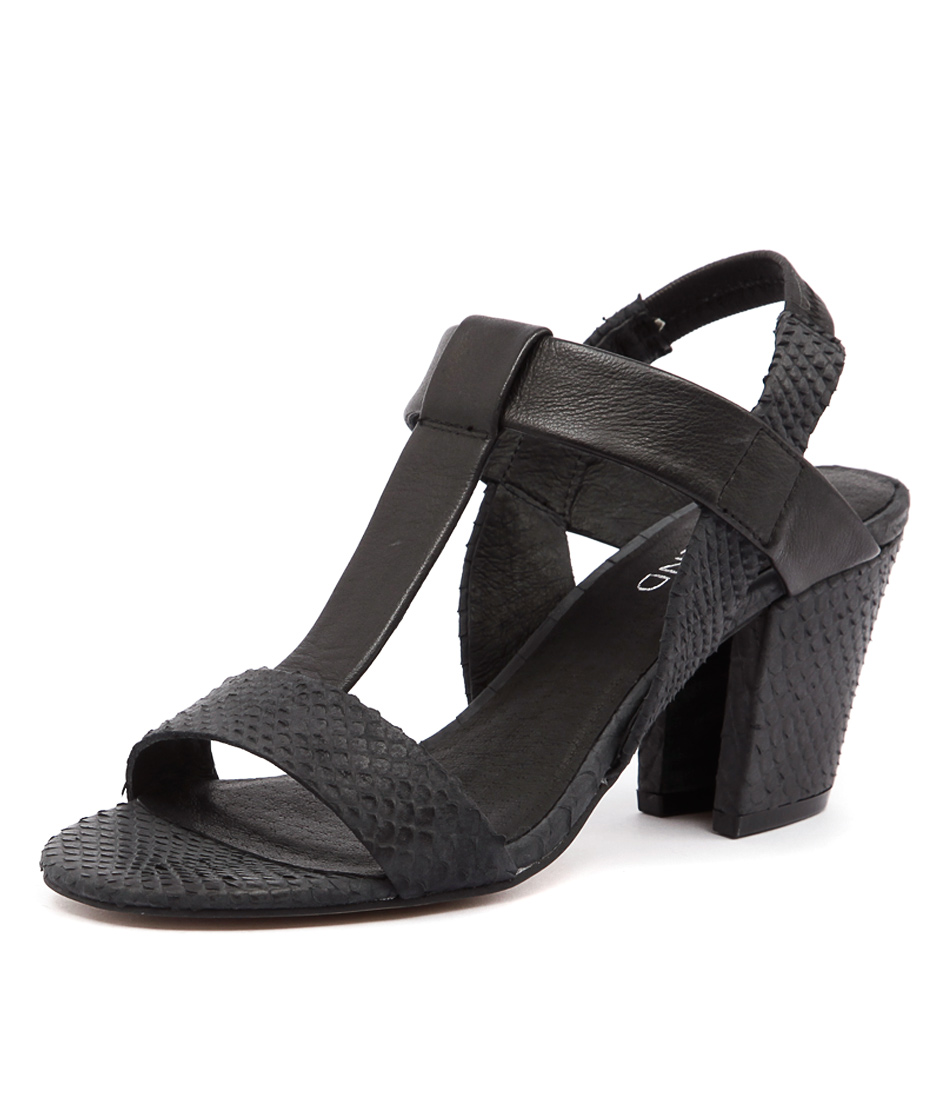 Top End Vassik Black Snake-Black Leather Sandals