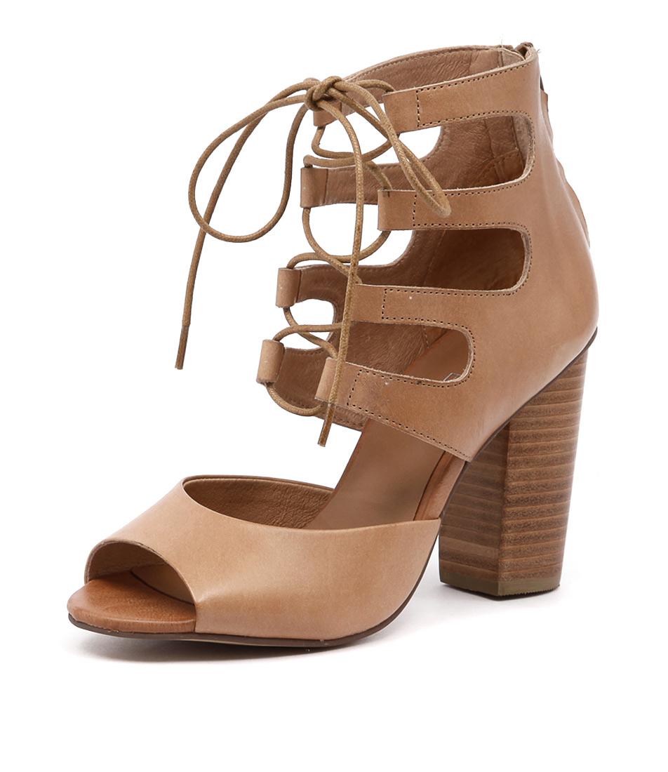 Top End Winder Tan Sandals