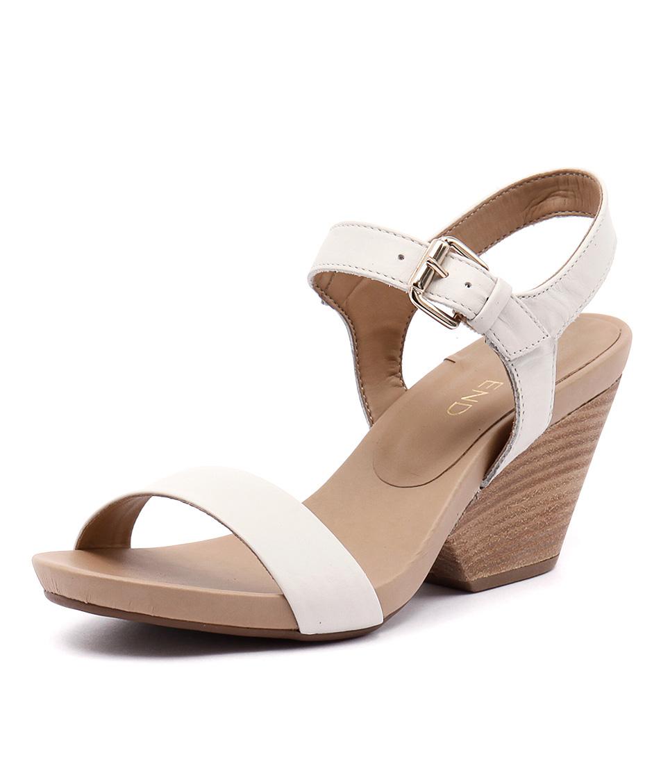 Top End Romero Nuvem Beige Sandals
