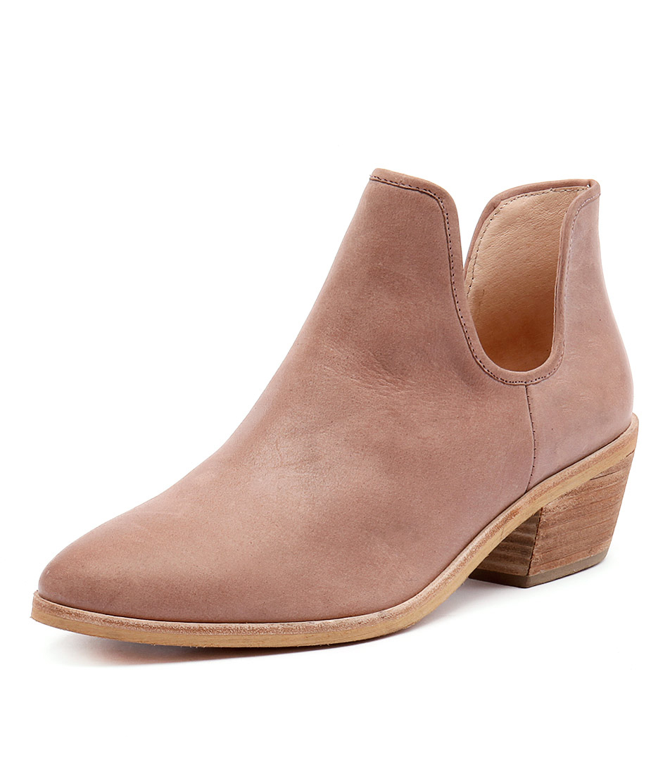 Top End Chinchy Rose Leather Boots