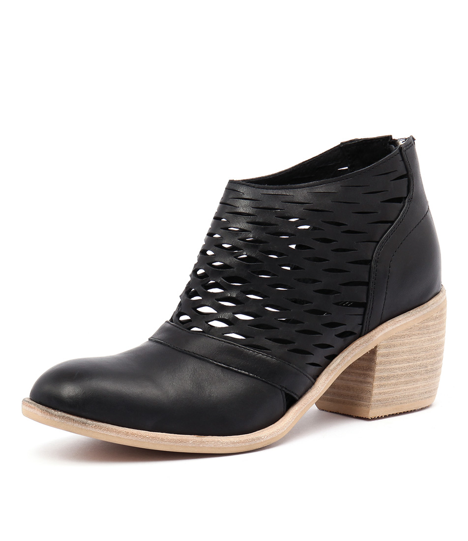 Top End Oblong Black Leather Boots online