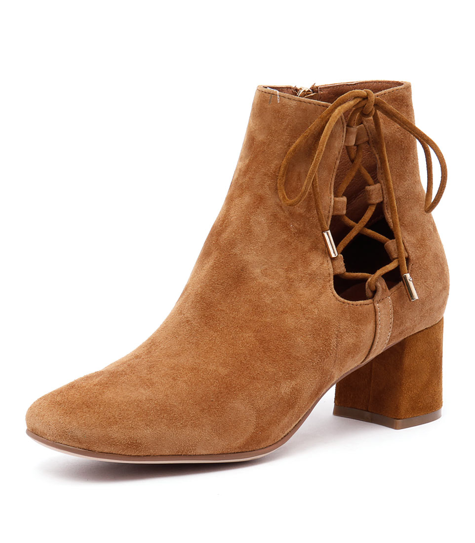 Top End Reach Tan Suede Boots