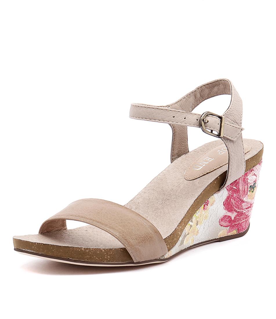 Top End Rollo Mushroom-Latte-Beige Flower Sandals