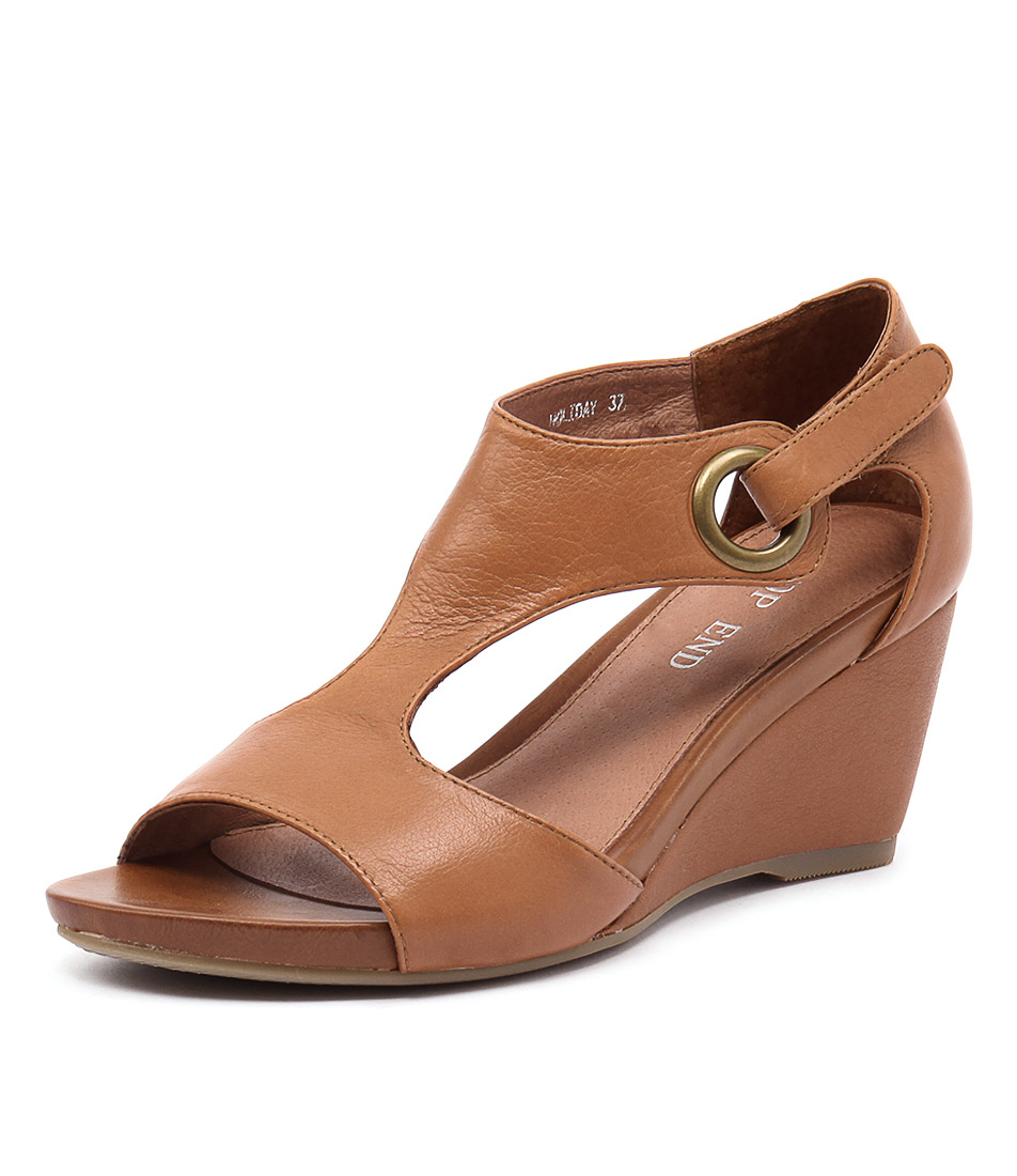 Top End Holiday Tan Leather Sandals