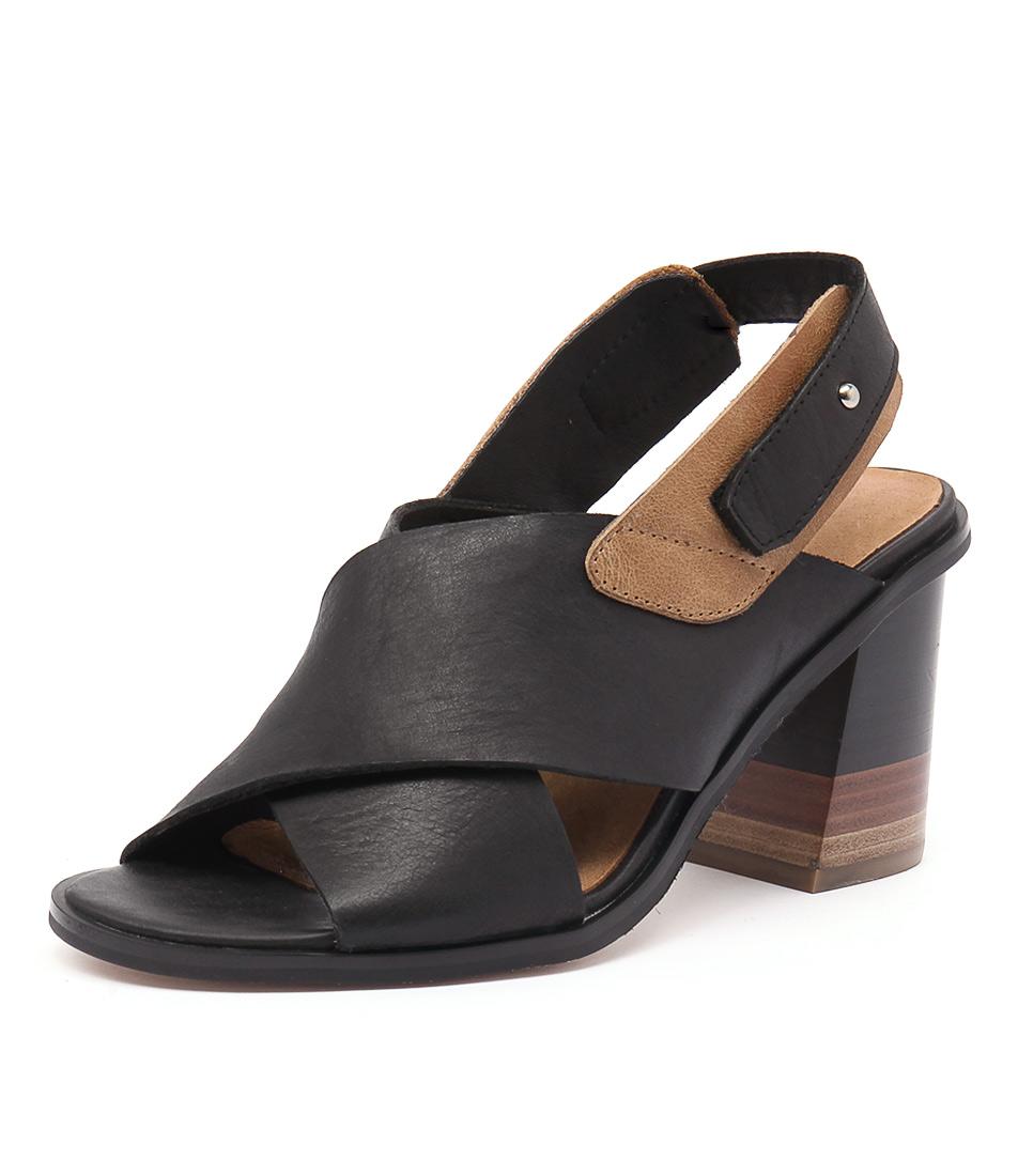 Top End Moira Black-Tan Sandals
