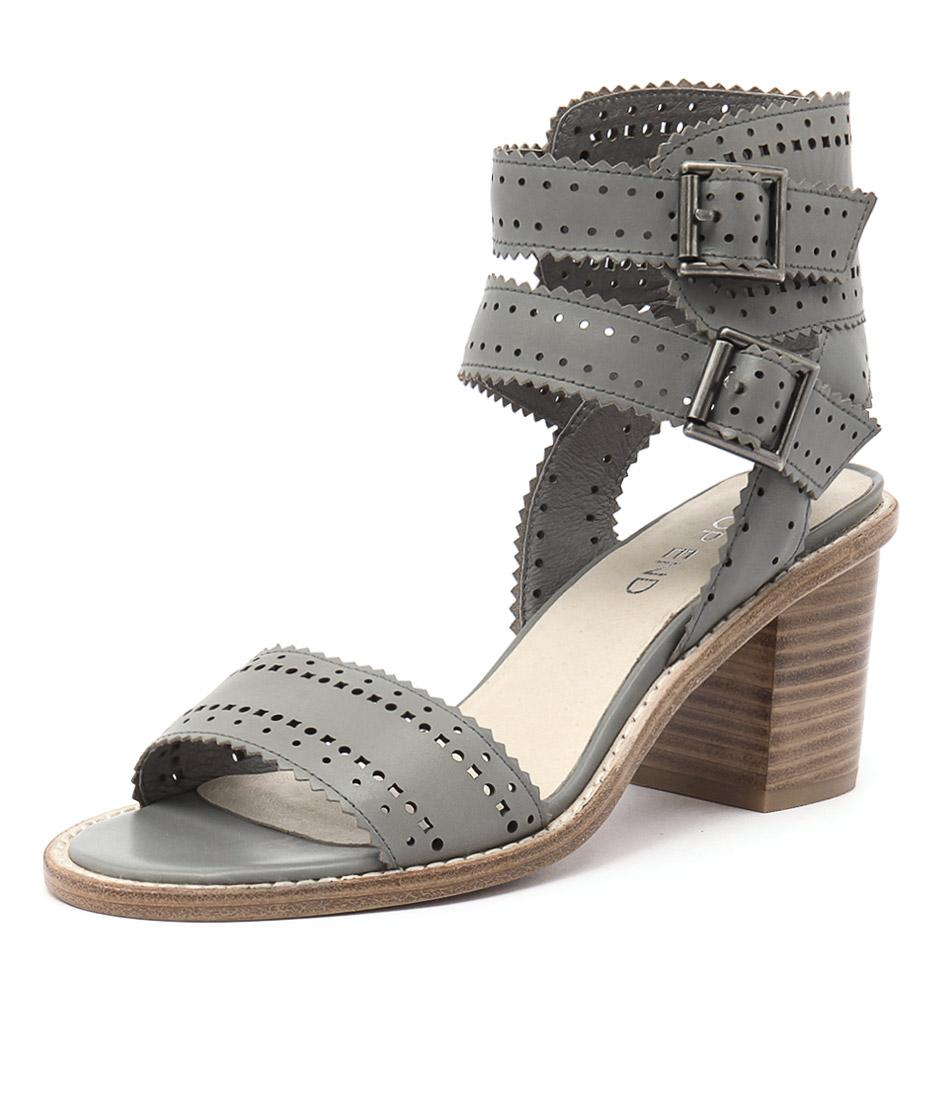 Top End Nopple Steel Sandals