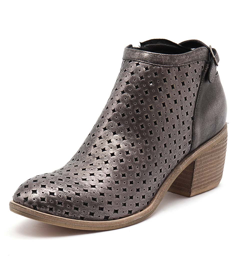 Top End Owen Pewter Boots