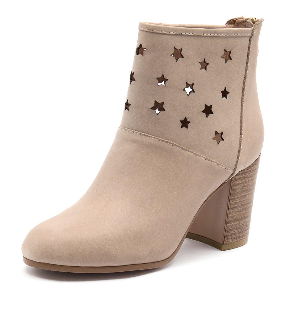 Top End Wealth Dark Beige Boots online