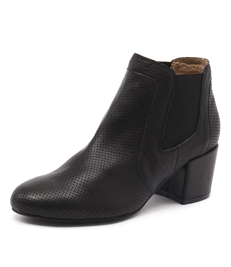Top End Paulas Black Boots