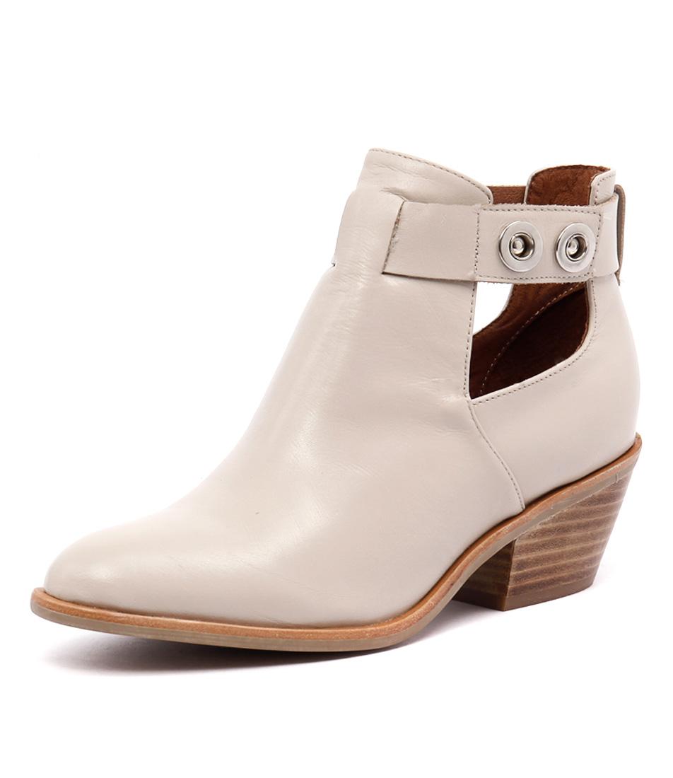 Urge Cheree Nude Boots