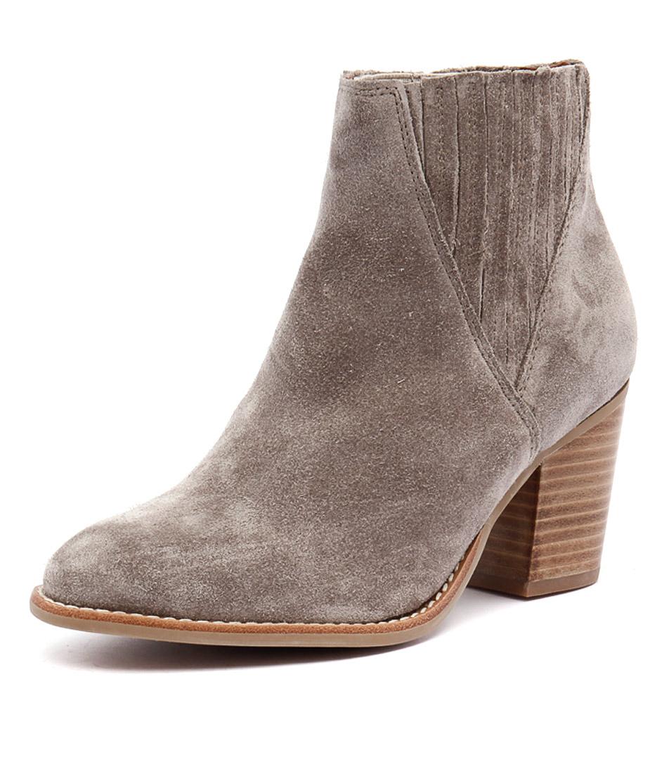 Urge Didi Sand Boots