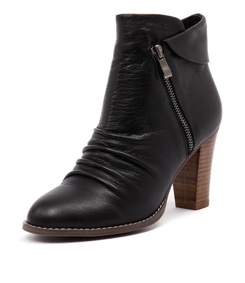 Valeria Grossi Mati Black Boots