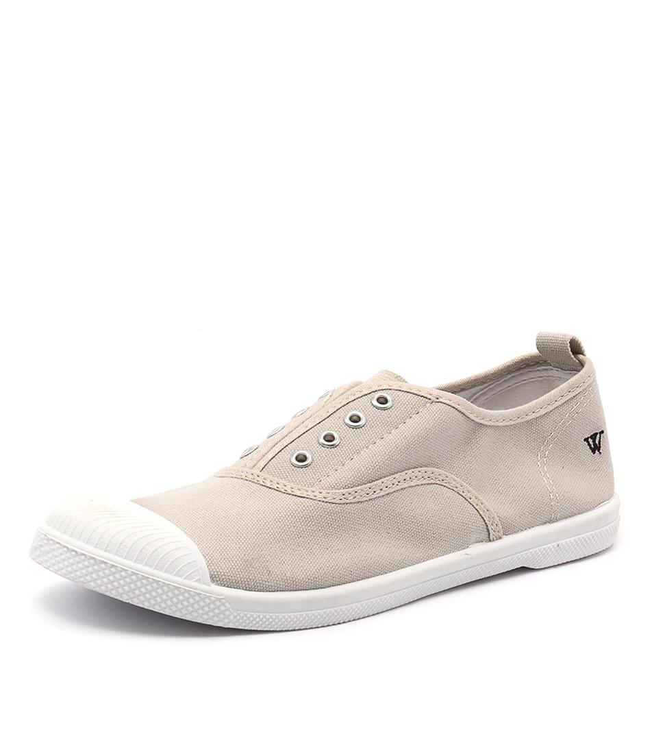 Walnut Melbourne Euro Plimsole Sand Sneakers