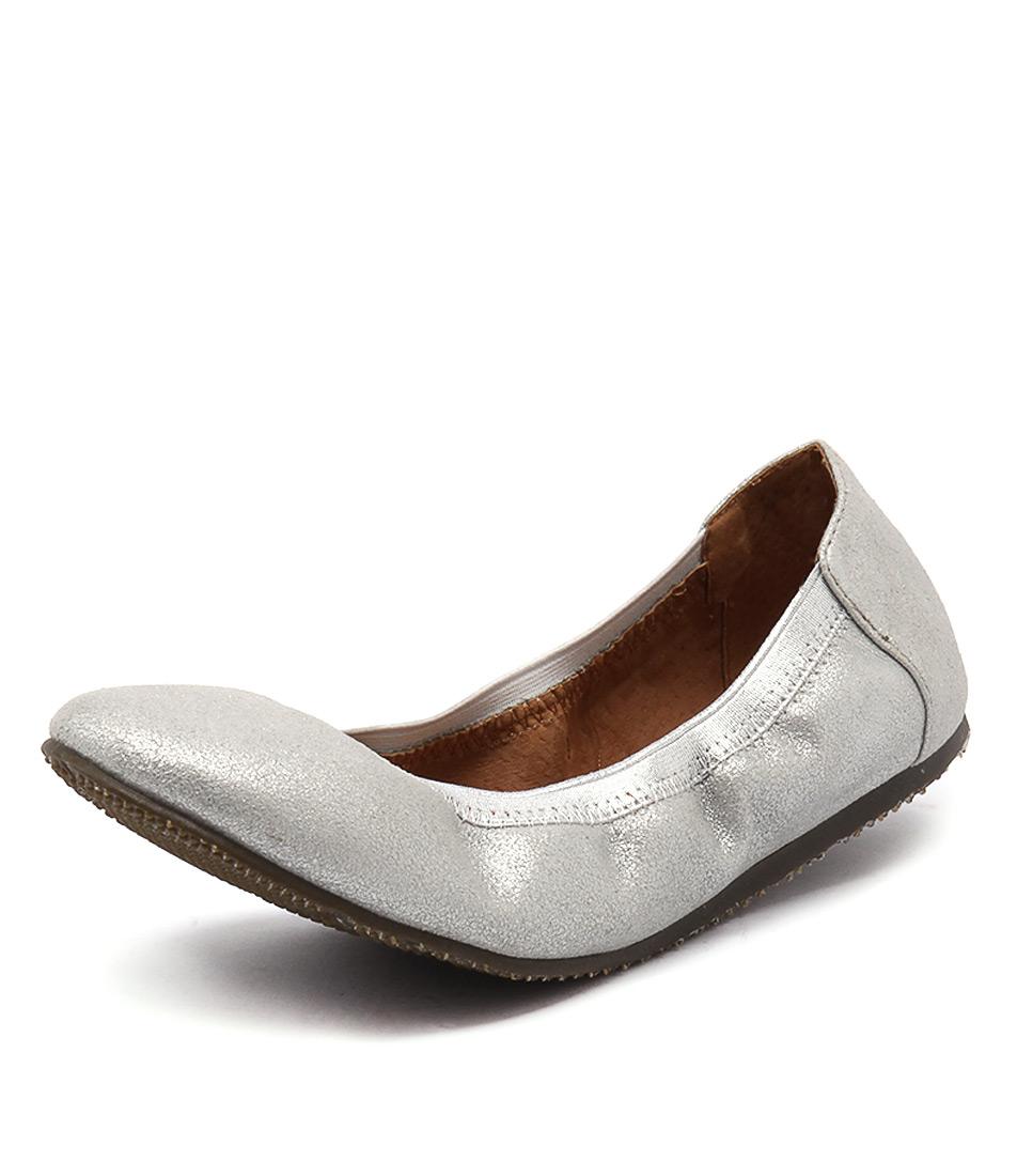 Walnut Melbourne Ava Ballet Metalic Silver Flats