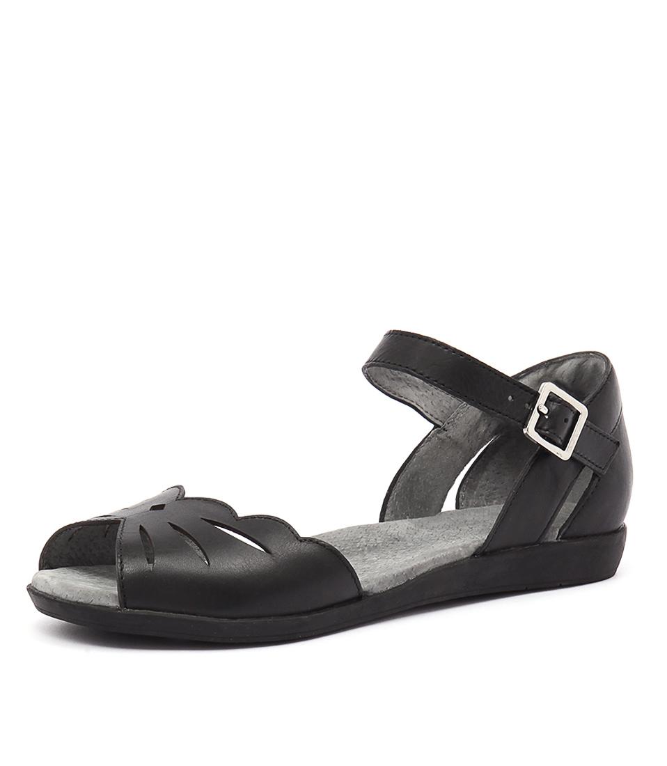 Zensu Hero Black Sandals