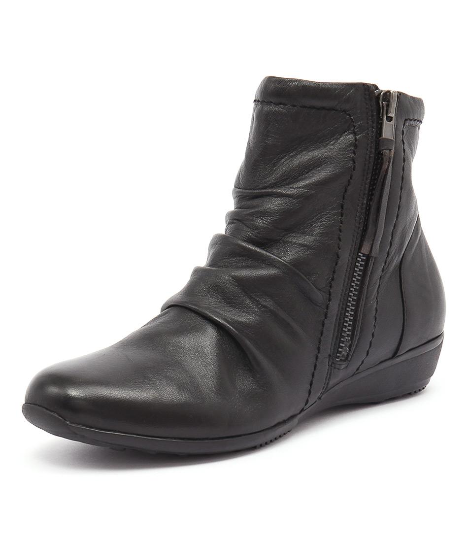 Zensu Naomi Black Boots