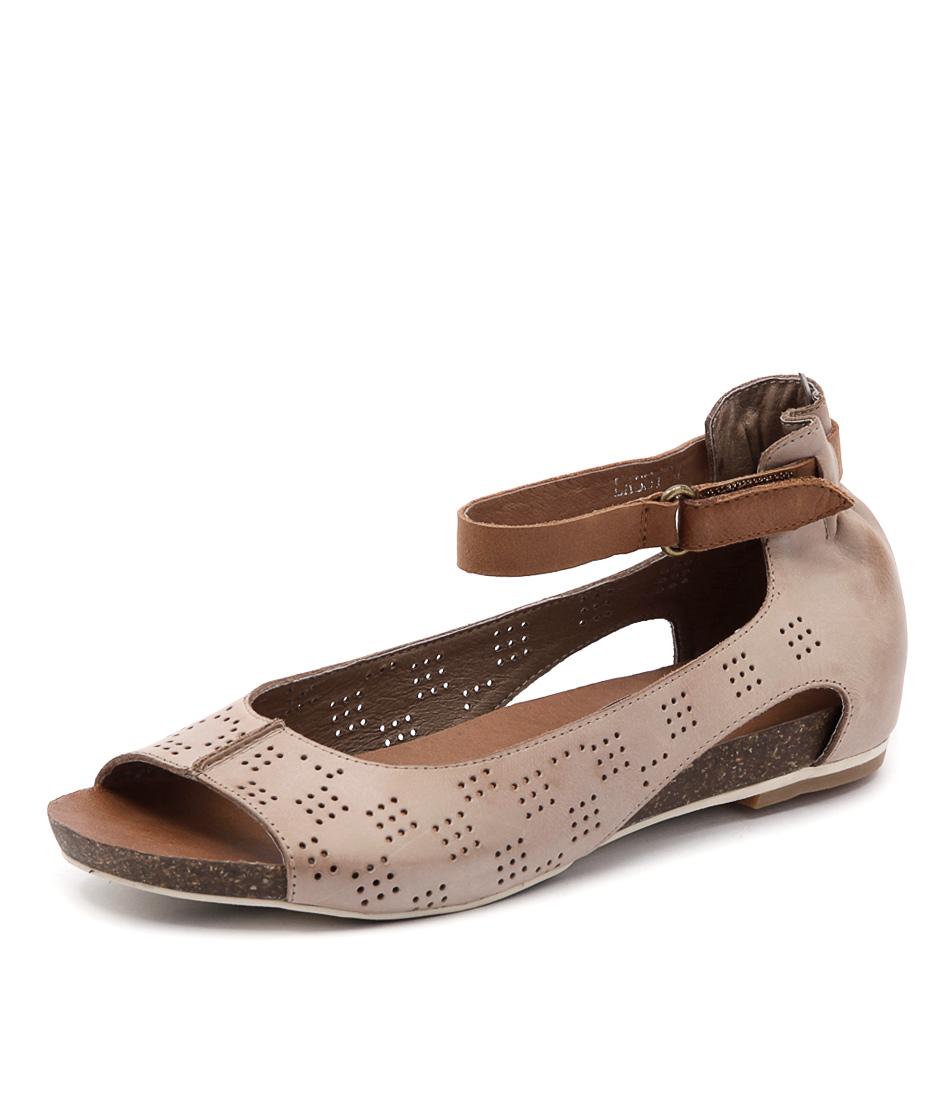 Django & Juliette Lassy Taupe Sandals online