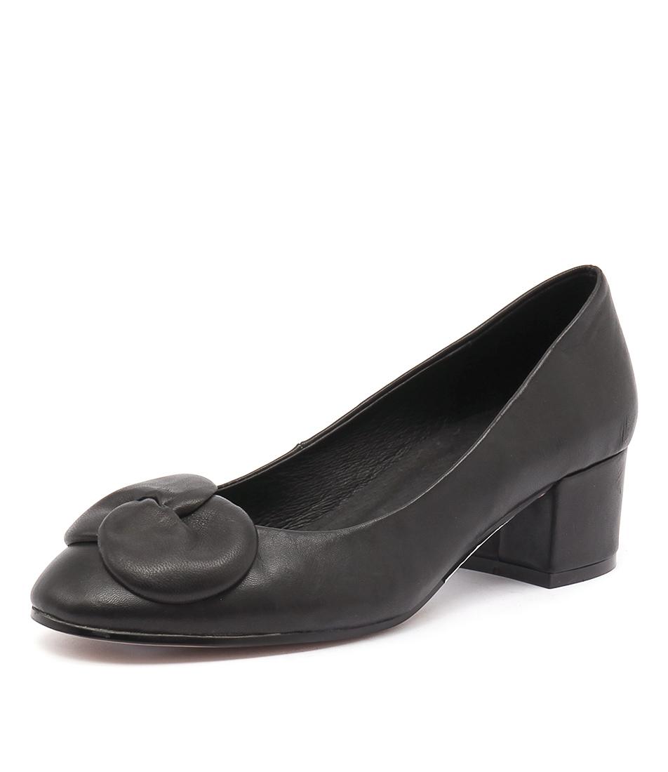 Django & Juliette Grollo Black Leather Dress Pumps