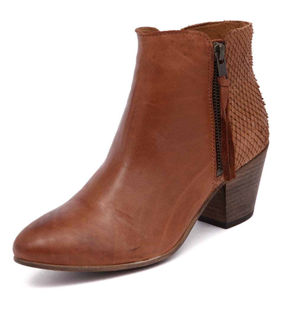 EOS Cisco Brandy Vintage Boots